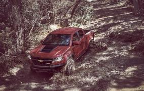 2017-chevrolet-colorado-zr2-133