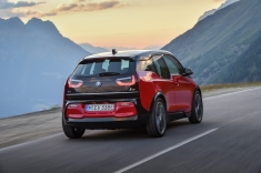 P90273532_highRes_the-new-bmw-i3s-08-2