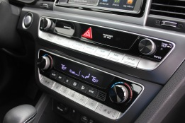 2018 Hyundai Sonata Turbo Review (19)