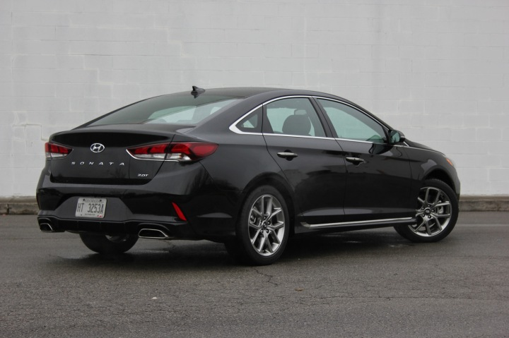 2018 Hyundai Sonata Turbo Review (9)